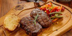 BBQ vlees rund en varken